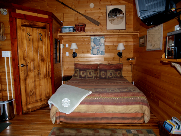 Cabin 1 Queen bed