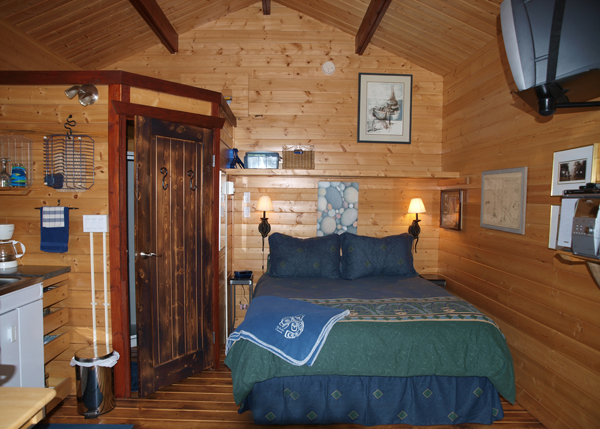 Cabin 2 Queen bed